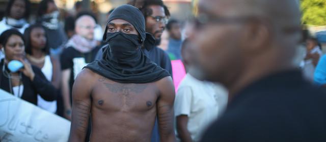 Ferguson: Tα Νέα Γκέτο Φλέγονται (ακριβώς όπως τα παλιά)